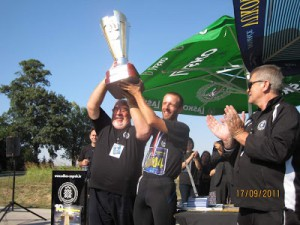 10th Ultramarathon Zagreb - Vukovar, winner Boris Ivanovič receives the cup